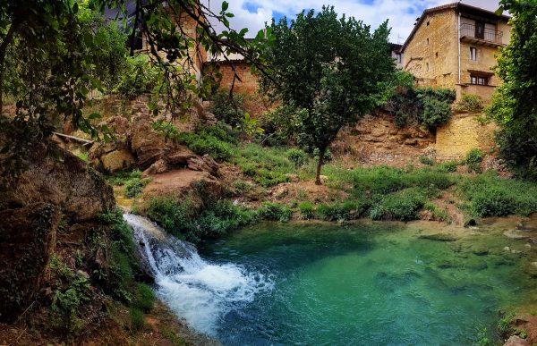 Ermita y cascadas de Tobera